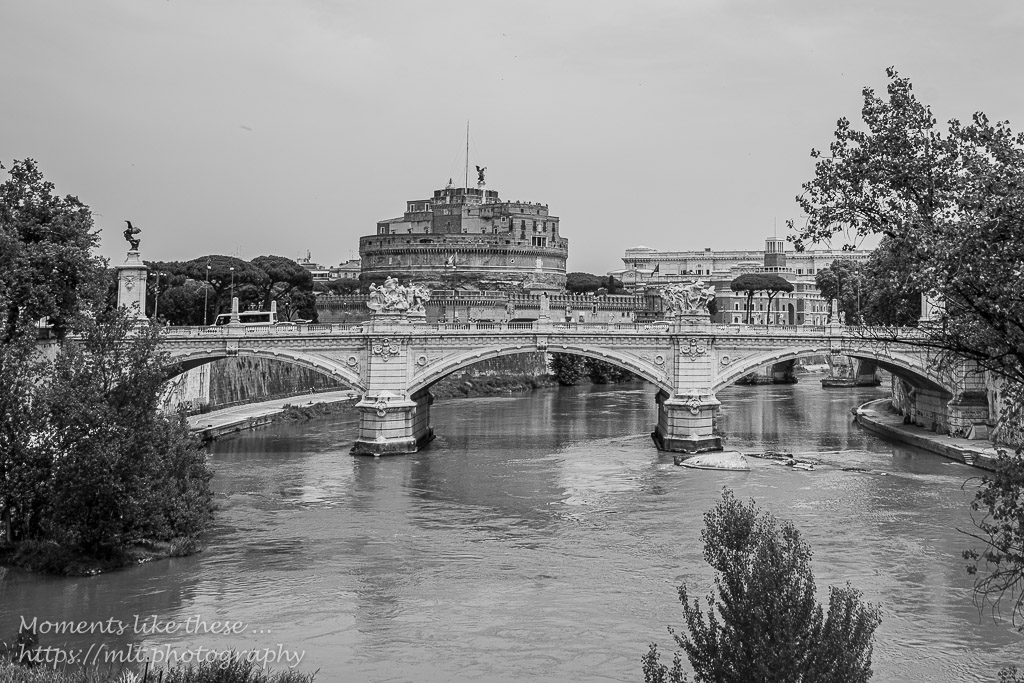 Hadrian's Mauseleum and the Tiber