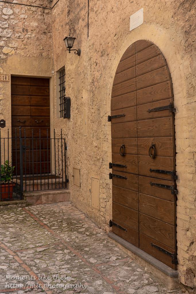 Doorways in Trevi